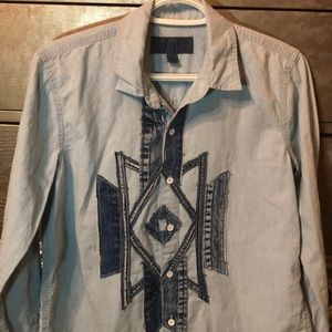 Distressed lucky brand button up chambray xs